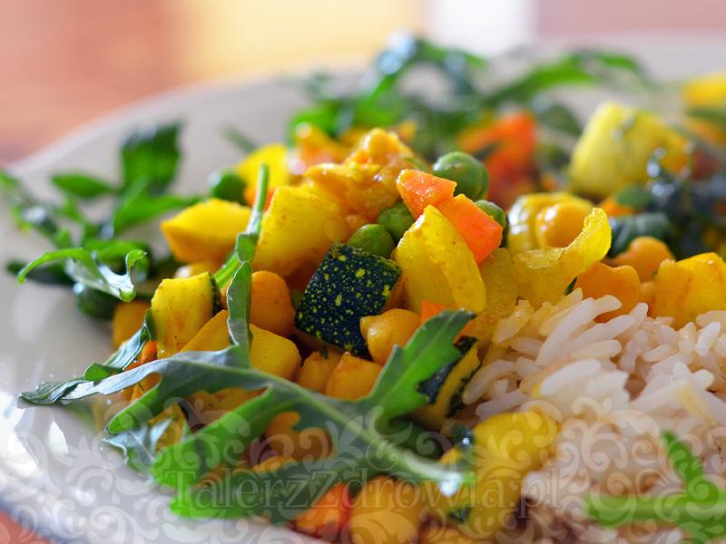 Letnie curry z ciecierzycą