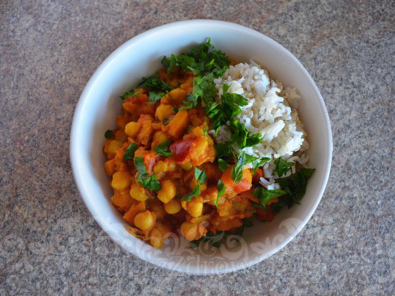 Pikantne curry z dynia i ciecierzyca 01
