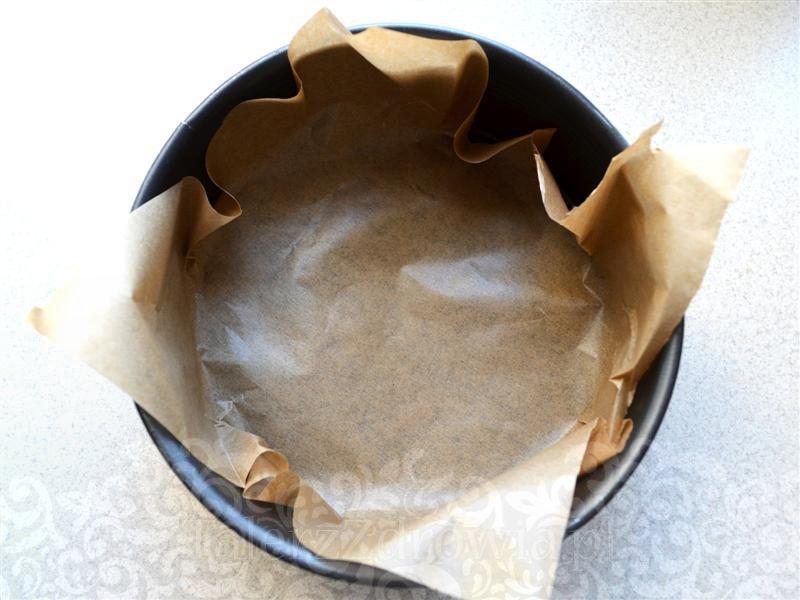 ciasto-migdalowe-z-truskawkami-01