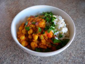 Pikantne curry z dynia i ciecierzyca 02